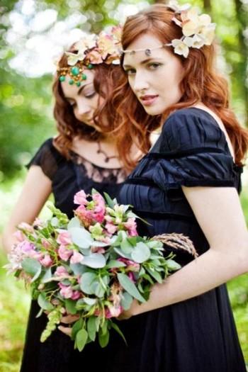 whetstone-bridesmaids-outside